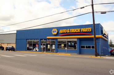 NAPA Auto Parts Portfolio 1031 Exchange with United Furniture Warehouse